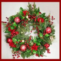 """XZ10073RD Mixed Pine Rose Ornament Wreath Red 30"""""""
